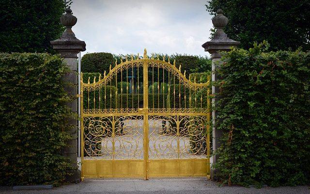 Acheter un portail : ce que vous devez savoir